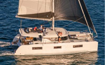 Tahiti Yacht Charter –  Catamaran